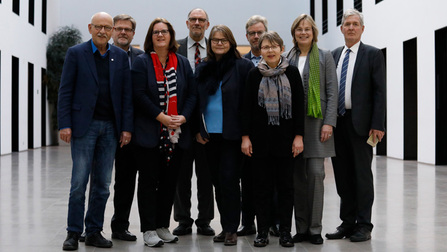 Gruppenbild der Gesprächspartner des Sozialmonitorings.