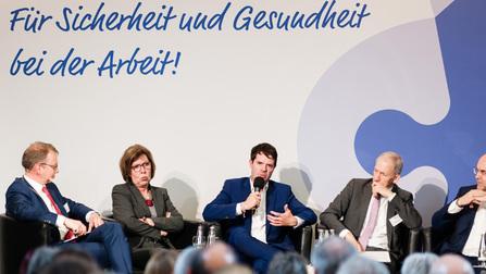 Podiumsdiskussion beim Ausschusstag.