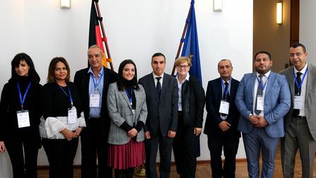 Parlamentarische Staatssekretärin Kramme empfängt Delegation aus Tunesien.