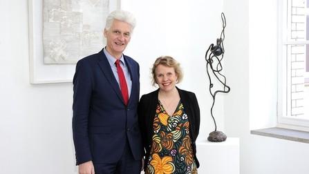Staatssekretär Dr. Rolf Schmachtenberg mit seiner finnischen Amtskollegin Pilvi Torsti.