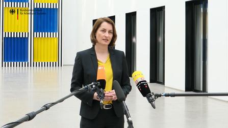 Pressestatement Leonie Gebers, Staatssekretärin im Bundesministerium für Arbeit und Soziales, Berlin 16. März 2020.