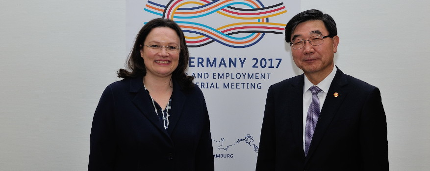 Andrea Nahles and Employment and Labor Minister Lee of the Republic of Korea.