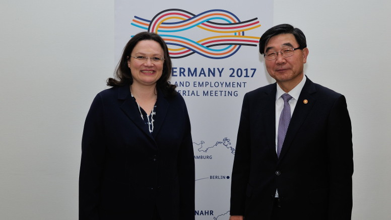 Andrea Nahles and Employment and Labor Minister Lee of the Republic of Korea. Opens page: Andrea Nahles meets with Employment and Labor Minister Lee of the Republic of Korea